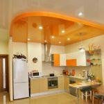 натяжные потолки для кухни